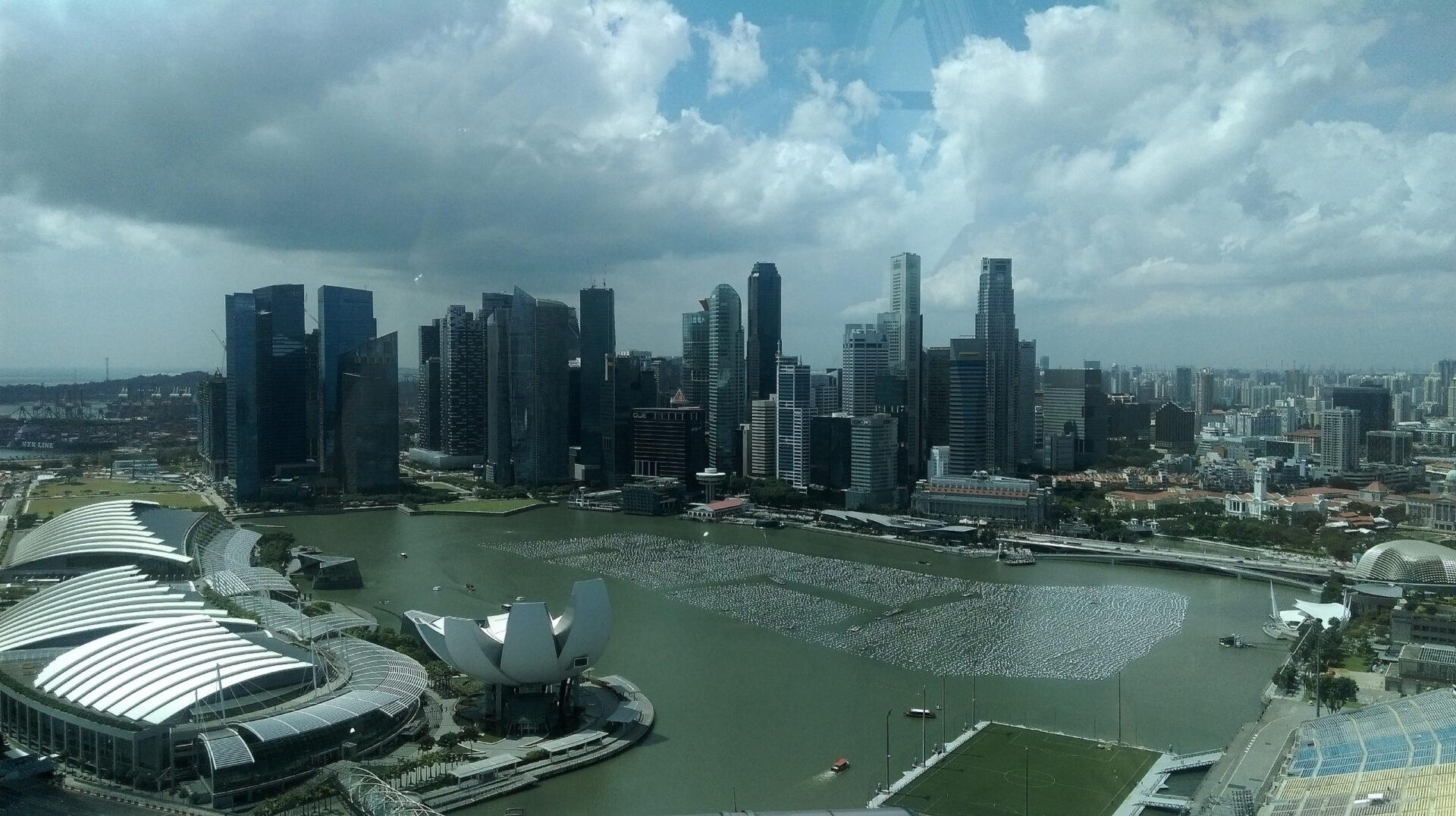 Сингапур иБали-сборная солянка