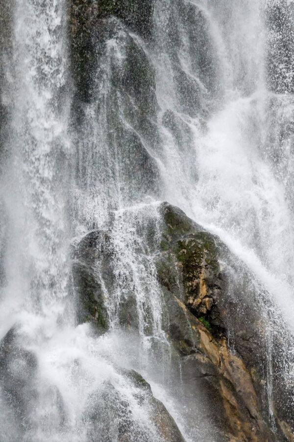 Абхазия. Гегский водопад, озеро Рица, Молочный водопад, Голубое озеро.