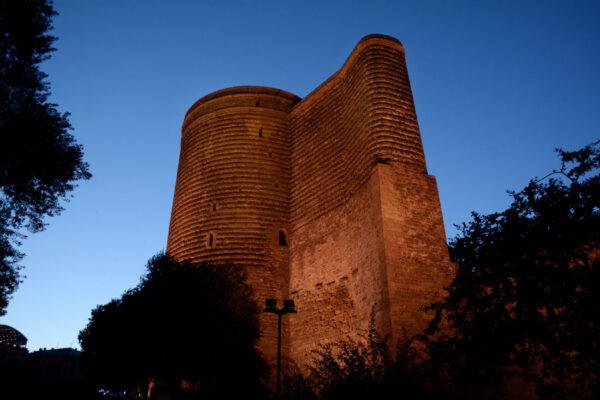 Девичья Башня. Омузее илегендах