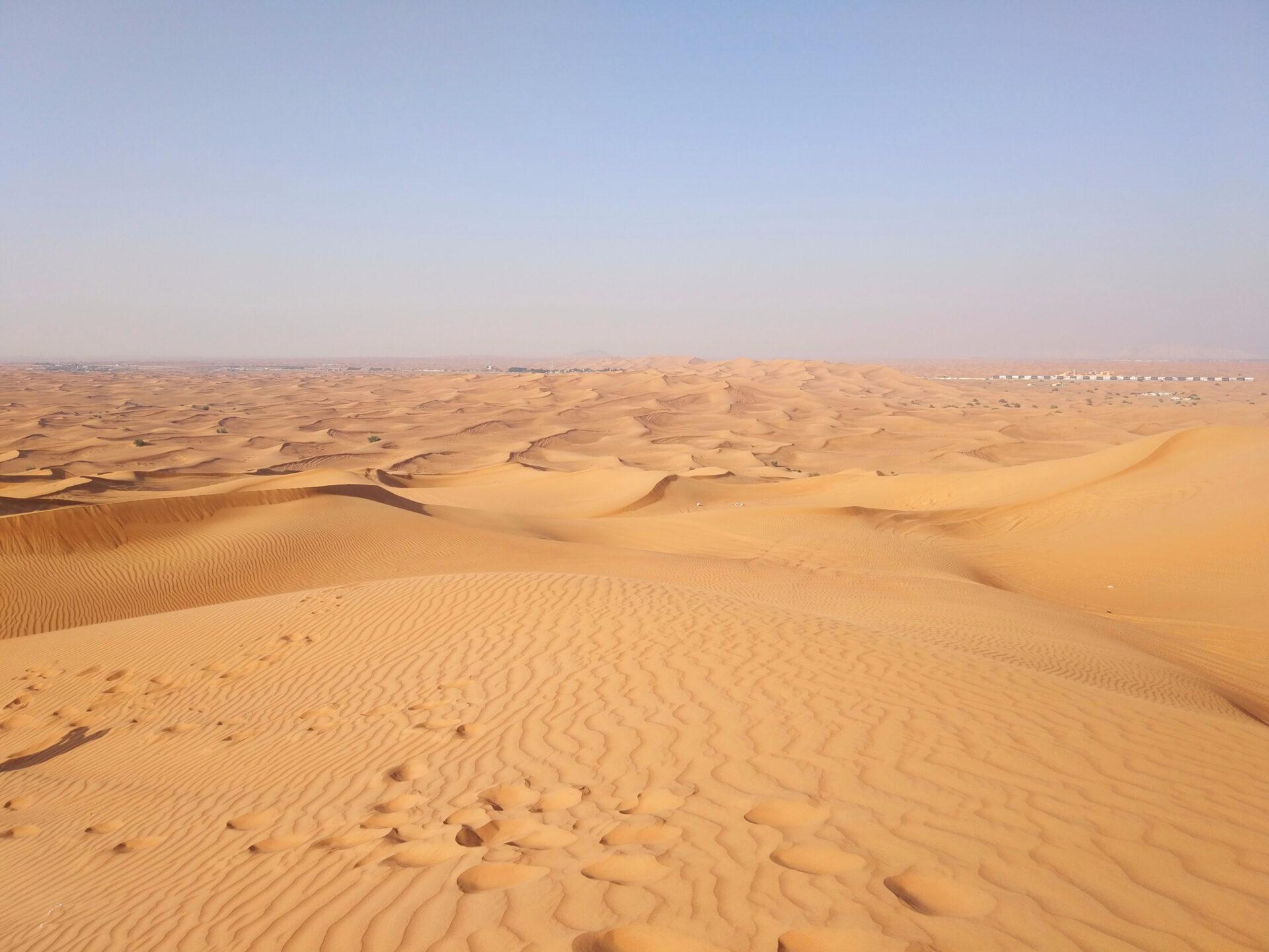 Пустыня Сахара… джип пинг… А _А-ааааааааааааа…