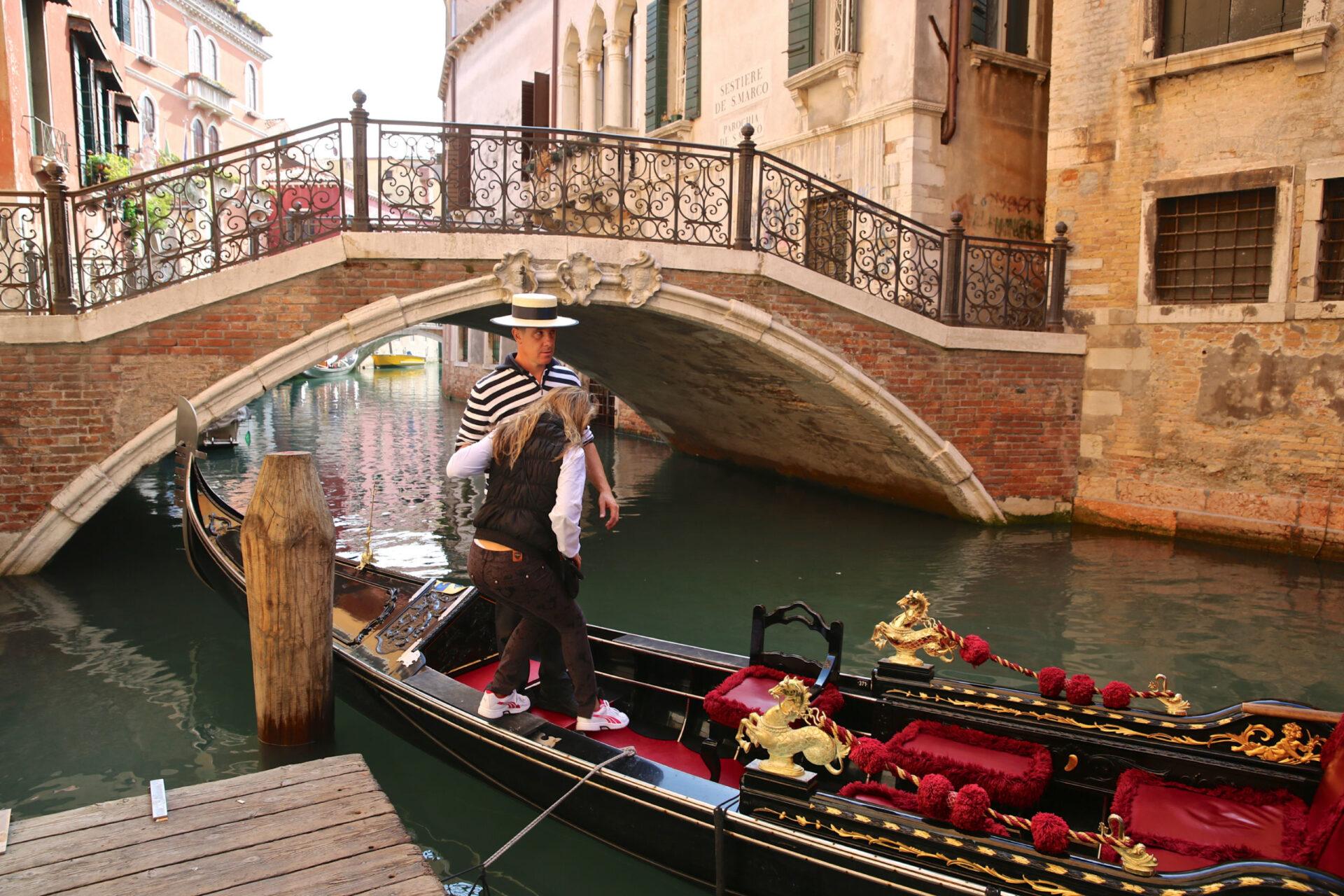 раз показать фотографии венеции